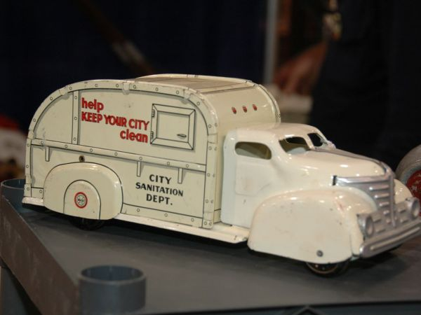 Oct Americas Largest Vintage Collectible Show Portland OR - Portland expo car show