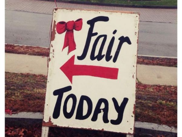 Dec 3 Red Bow Fair Peabody Ma Patch