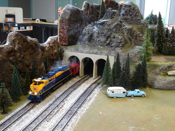 North Penn S Gaugers Train Show