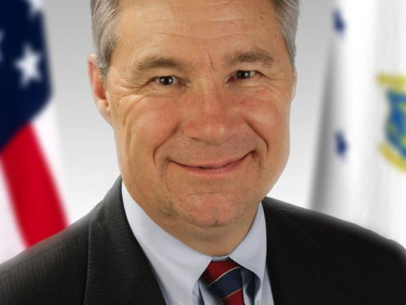 Apr 2 senator whitehouse to visit barrington books in - Restaurants in garden city cranston ri ...