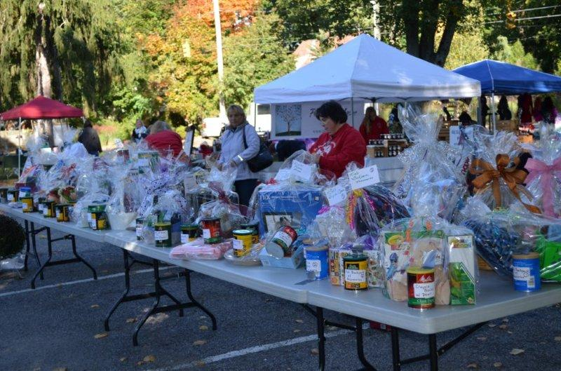 Oct 14 annual craft fair and fall festival at st thomas for Craft fairs and festivals